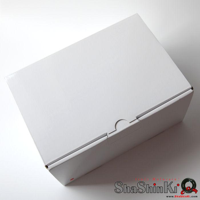 plain white box - upload photos for url
