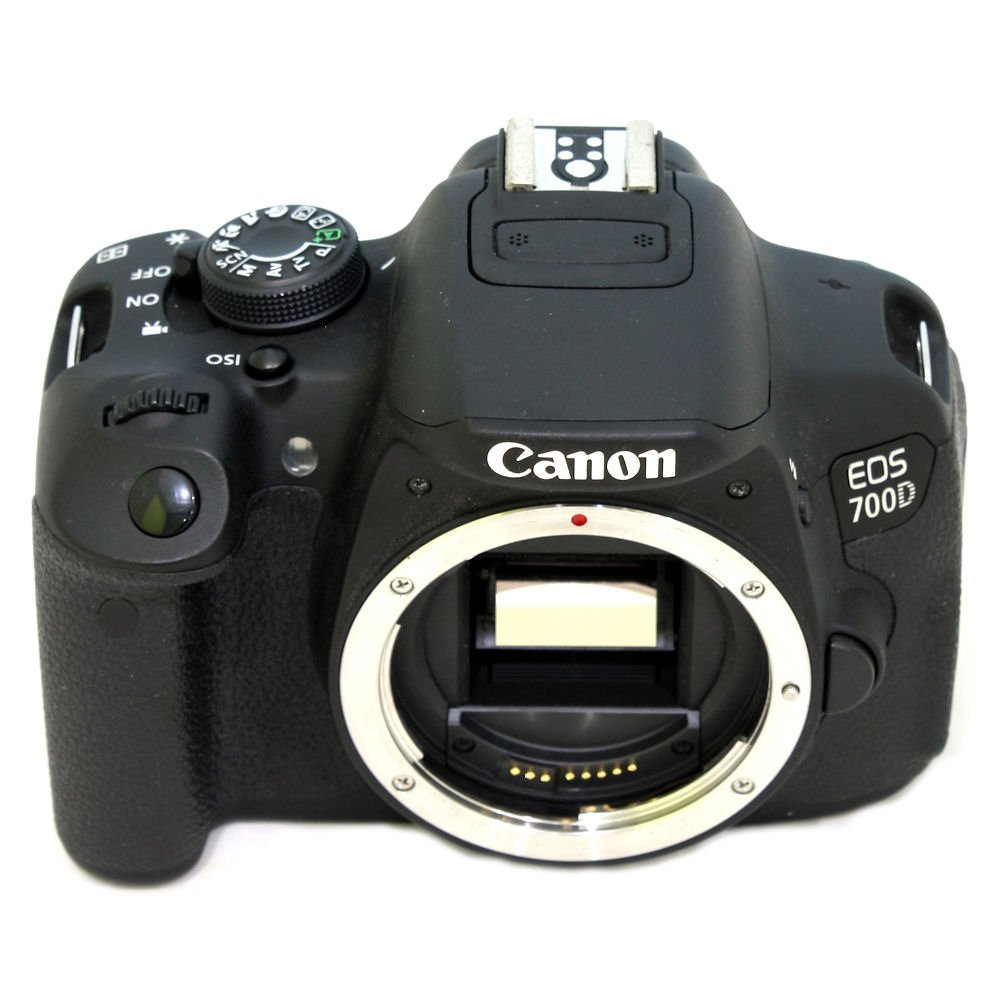 USED] Canon EOS 700D DSLR Camera with EF-S 18-55mm f/3 5-5 6