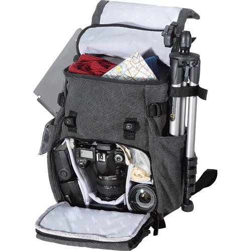 f269738a353  USED  National Geographic NG W5050 Walkabout Rucksack