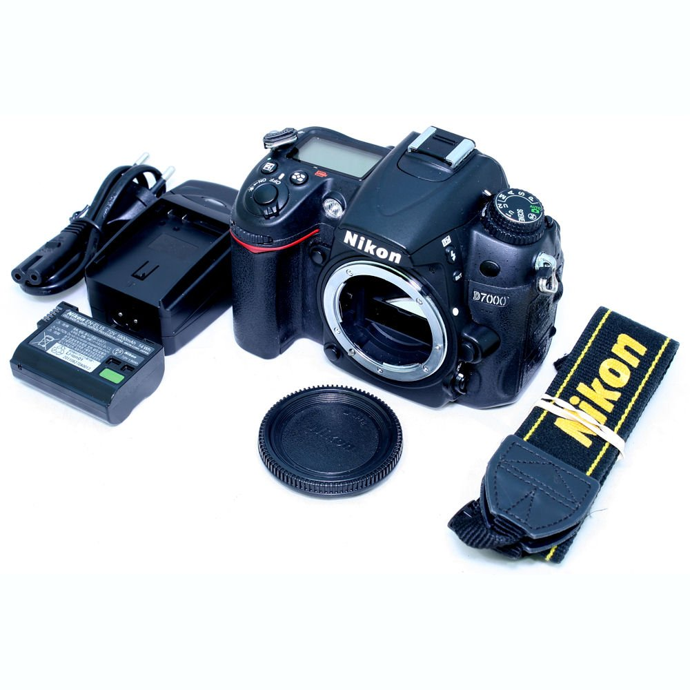 USED] Nikon D7000 DSLR Camera (Body Only) (S/N: 8127953