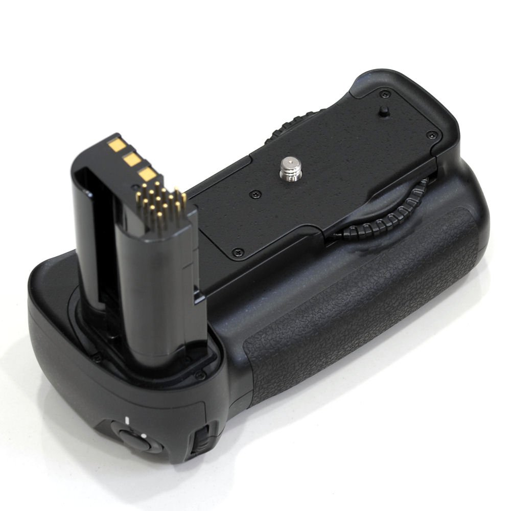 Camera Nikon D200 Dslr Camera used nikon mb d200 battery pack for digital slr camera camera